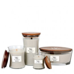 WW Warm wool Petite Candle